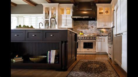 dura supreme kitchen cabinets kitchen storage solutions by dura supreme cabinetry 6987