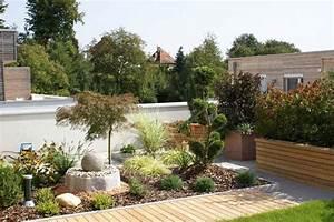 Gartengestaltung Hang Modern : bilder gartengestaltung modern ~ Lizthompson.info Haus und Dekorationen