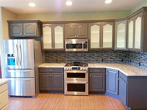 how do i refinish kitchen cabinets refinish kitchen cabinets 100 how do you refinish kitchen