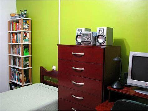 chambre mur vert comment décorer une chambre avec des murs verts bricobistro