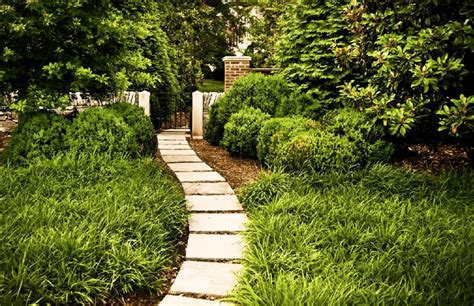 Atlanta Plant Nursery by Outdoor Makeovers Wow