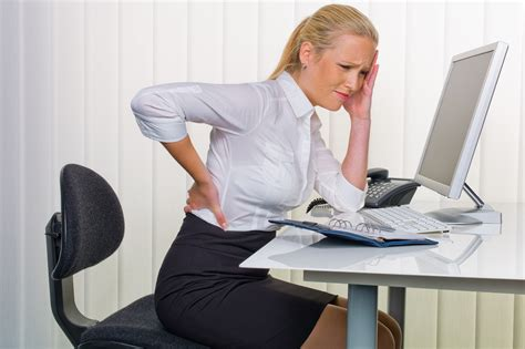 back pain from sitting at desk back pain due to computer use infomazza com