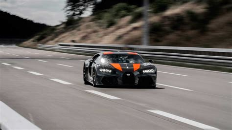 Topping that number seems difficult, which may be why the latest iteration of the chiron—called the chiron pur sport—is actually the slowest. Chiron prototype sets a new world record with 490 km/h top ...