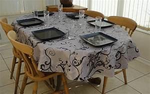 Nappe Ovale Grande Taille : nappe de table grande taille amazing nappe en papier with nappe de table grande taille trendy ~ Teatrodelosmanantiales.com Idées de Décoration