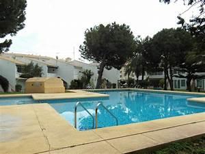 Bungalow Mit Pool : bungalow mit direktem zugang zum pool fewo direkt ~ Frokenaadalensverden.com Haus und Dekorationen