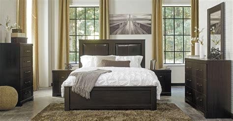 Bedroom Sets In Chicago by Tadlyn 3 Bedroom Set In Brown Clearance