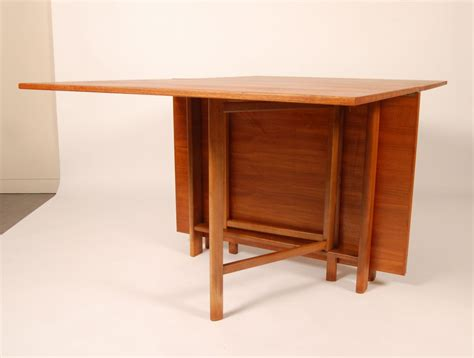 clever folding dining table  save  space  small