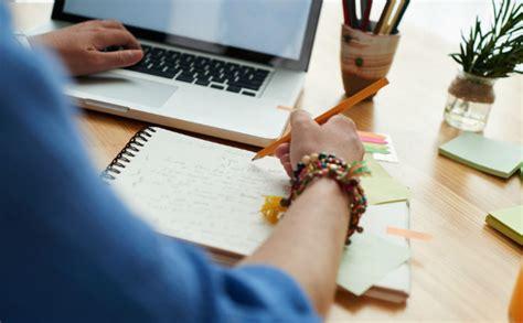 Online study tips: Night vs morning