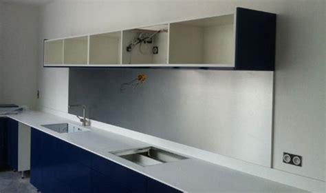 fixation element haut cuisine sur placo la cuisine avance le de letrucdelametallurgie