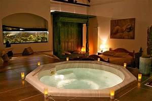 Impressionnant chambre hotel avec jacuzzi privatif 4 for Hotel chambre avec jacuzzi privatif