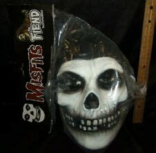 MISFITS - THE FIEND VACUFORM MASK by Trick or Treat ...