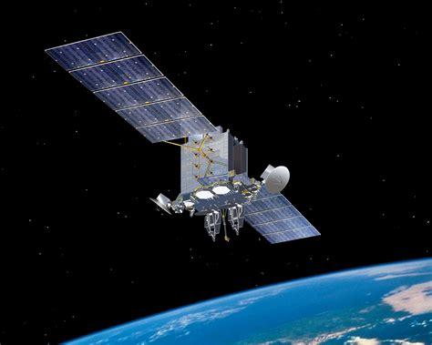 Lockheed Communications Satellite Begins Integration Ahead ...