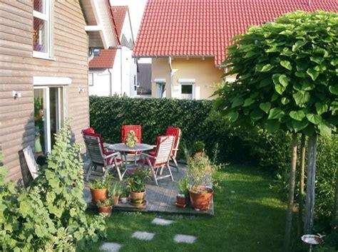 Sichtschutz Schuetzt Privatsphaere by Sichtschutz F 252 R Terrasse Eine Gr 252 Ne Wand Sch 252 Tzt Ihre