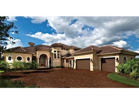 Mediterranean Modern House Plans : DHSW75052   House