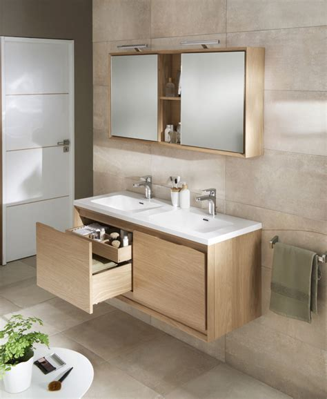 le bois dans la salle de bains salle de bains salle de