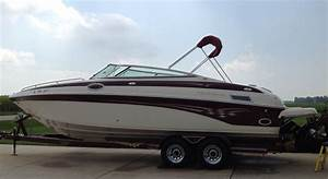 Crownline 270 Br 2004 For Sale For  42 000