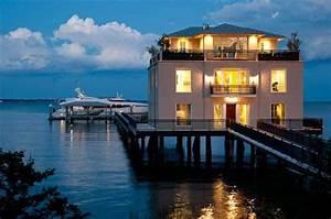 Incredible Waterfront Homes Incredible Waterfront Homes