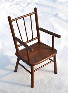 Chaise Enfant Rotin : chaise enfant rotin petite chaise d 39 enfant ancienne en bois avec accoudoirs plus sp cial ~ Teatrodelosmanantiales.com Idées de Décoration