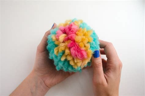 comment faire une guirlande comment faire des pompons en the fr
