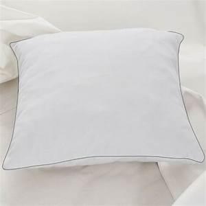 Oreiller En Plume D Oie : lot de 2 oreillers confort plume d 39 oie 60x60 cm anti ~ Melissatoandfro.com Idées de Décoration