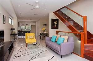 Deco petit salon moderne deco maison moderne for Decoration petit appartement moderne