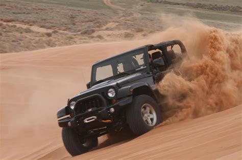 road driving tips  sand courtesy jeep autoguide