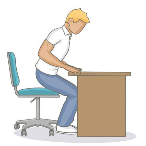 micro ordinateur de bureau adopter une bonne position assise au bureau mal de dos