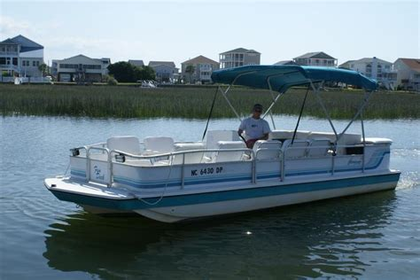 Deck Boat In Ocean by Ocean Isle Beach Boat Rental Rates Oib Sunset Beach Nc