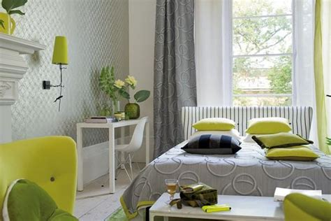 Bedroom Decorating Ideas Yellow And Green by Green Color Schemes For Modern Bedroom And