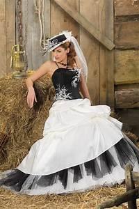 Robe De Mariée Noire : robe de mari e barcoo m lange de modernit et d ~ Dallasstarsshop.com Idées de Décoration