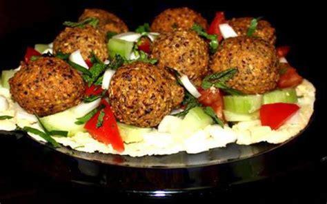 cuisine libanaise falafel recette falafel à la libanaise et duo de sauces économique gt cuisine étudiant