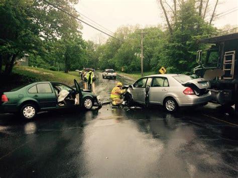 east windsor car accident involves  cars   dump truck