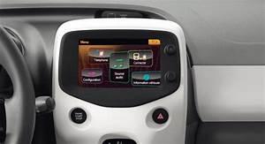 Mirror Screen Peugeot : peugeot 108 5 portes technologie mirror screen ~ Medecine-chirurgie-esthetiques.com Avis de Voitures