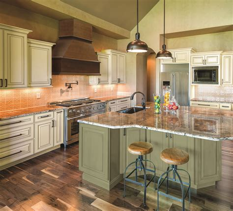 paint colors bring high fashion home  kitchen