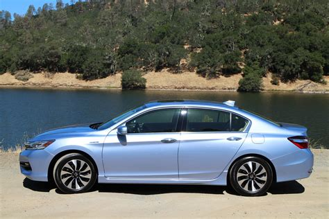 honda accord hybrid  drive
