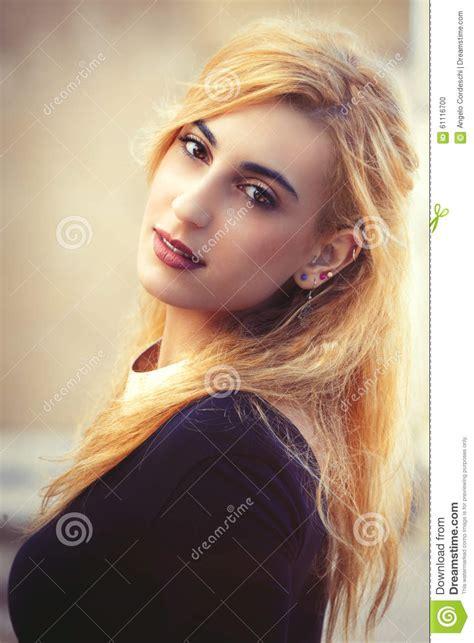 download free beautiful italian girl plays with her big