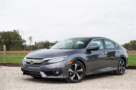 Review Honda Civic by 2016 Honda Civic Review Autoguide News