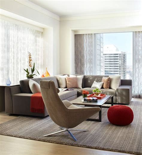 Living Room Poufs by Knitted Poufs For A Stylish Interior
