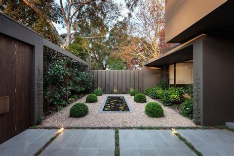 Backyard Design by 16 Captivating Modern Landscape Designs For A Modern Backyard