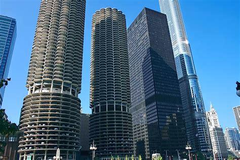 photo marina towers  chicago