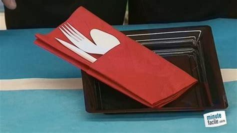 range couteaux de cuisine pliage de serviette en papier pochette range couverts table de cuisine