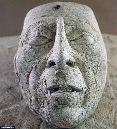 pacal tomb temple   inscriptions palenque