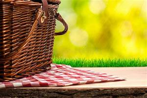 Picnic, Basket, On, The, Table, Stock, Image, Image, Of, Picnic