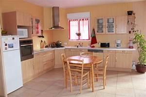 couleur mur pour cuisine 1 peinture cuisine modern aatl With plaque pour proteger mur cuisine