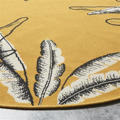 outdoor teppich rund outdoor teppich rund und gr 252 n bedruckt mit blattmotiven d160 seronera maisons du monde