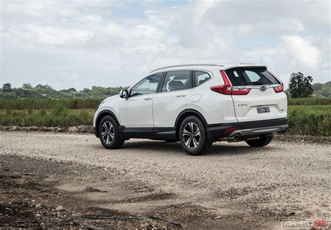 2018 Honda Crv Review  Vti 2wd & Vtis 4wd (video