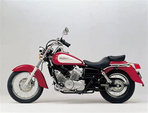 Honda Photo by Honda Vt 125 Shadow Deluxe 2000 Agora Moto