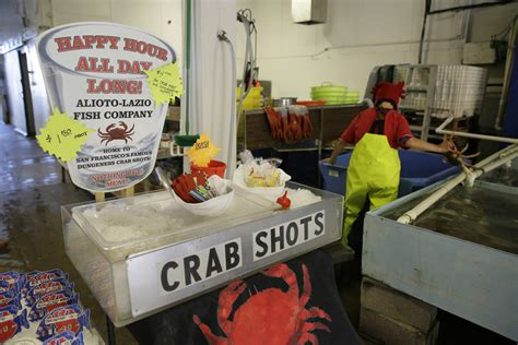 Fishermans Crab Deck Happy Hour by Fresh Local Dungeness Crabs Are Back In Sf Bay Area The