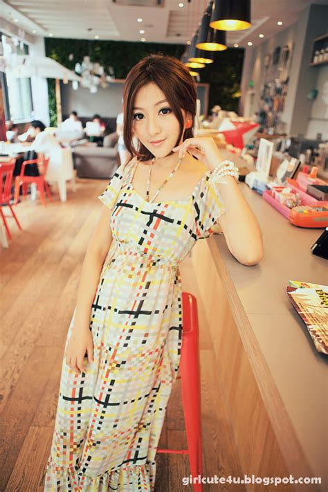 Xxx Nude Girls Chinese Cafe