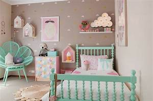 les stickers muraux sont un vrai hit dans l39interieur With superb meubles pour petite cuisine 9 la decoration avec un meuble aquarium archzine fr